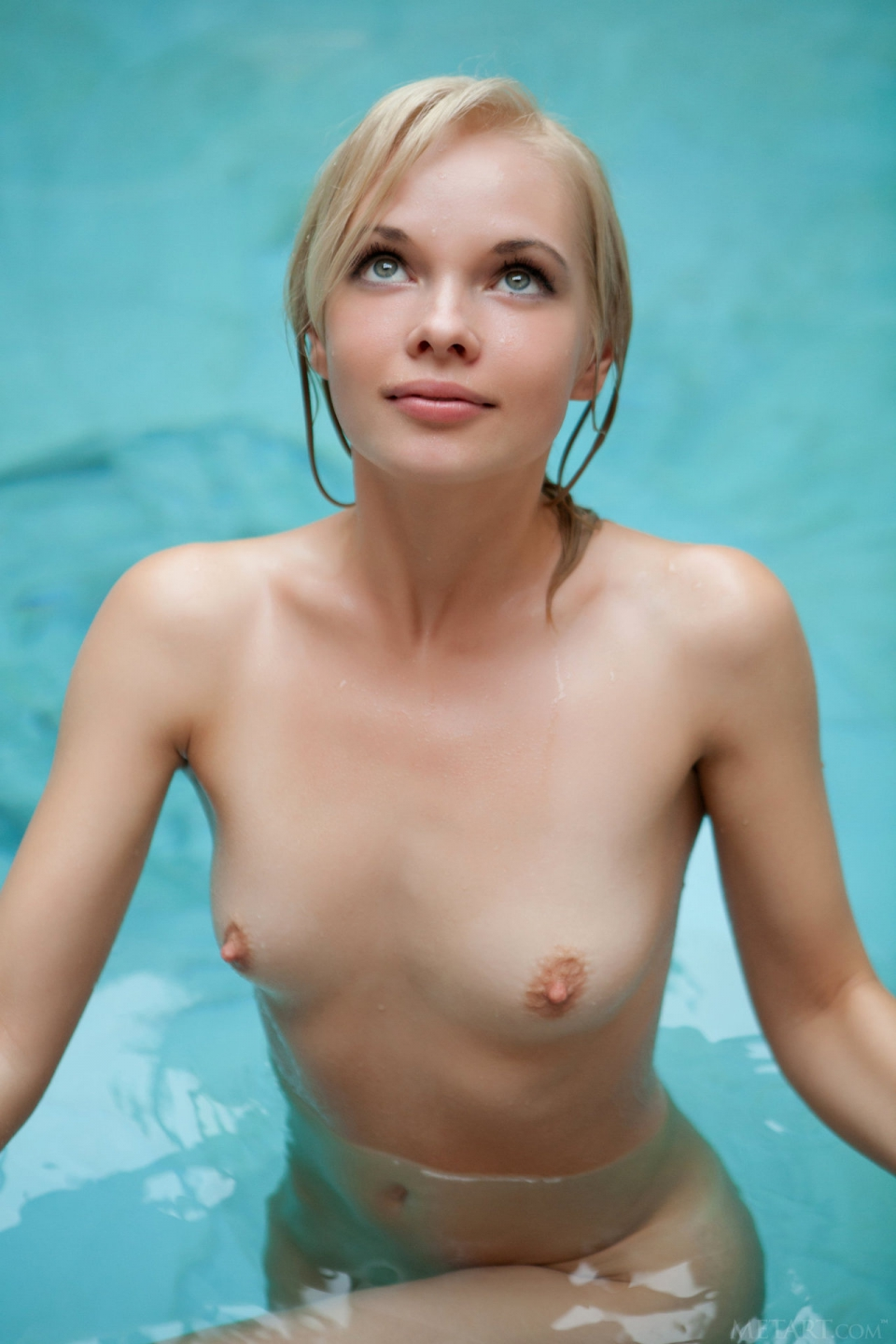 Magnificent Hot wet naked models theme