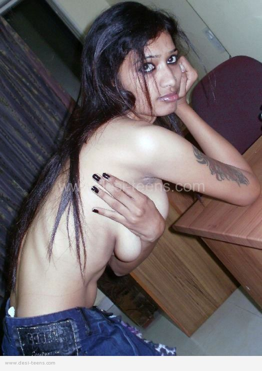 busty desi girl cleavage full size