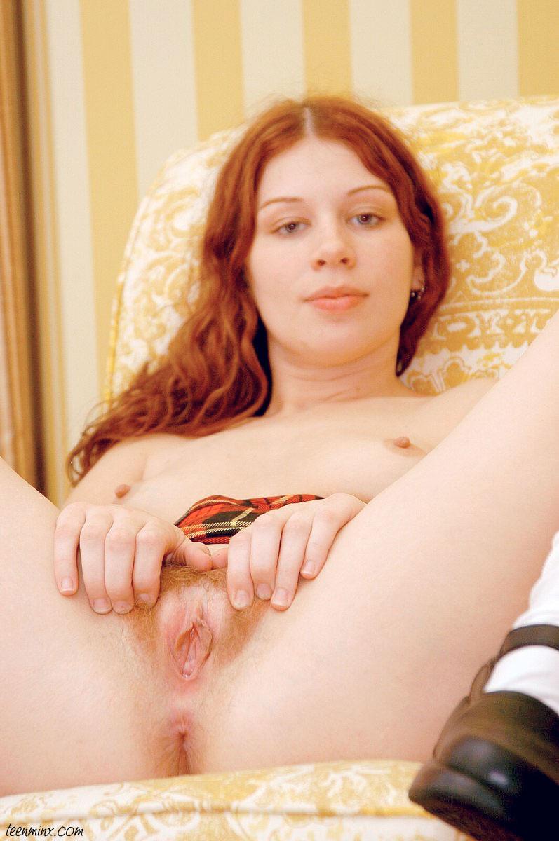 naked pics of daphne