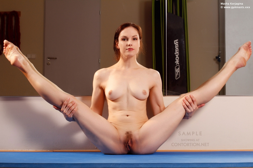Nudist yoga girls naked pussy commerce France