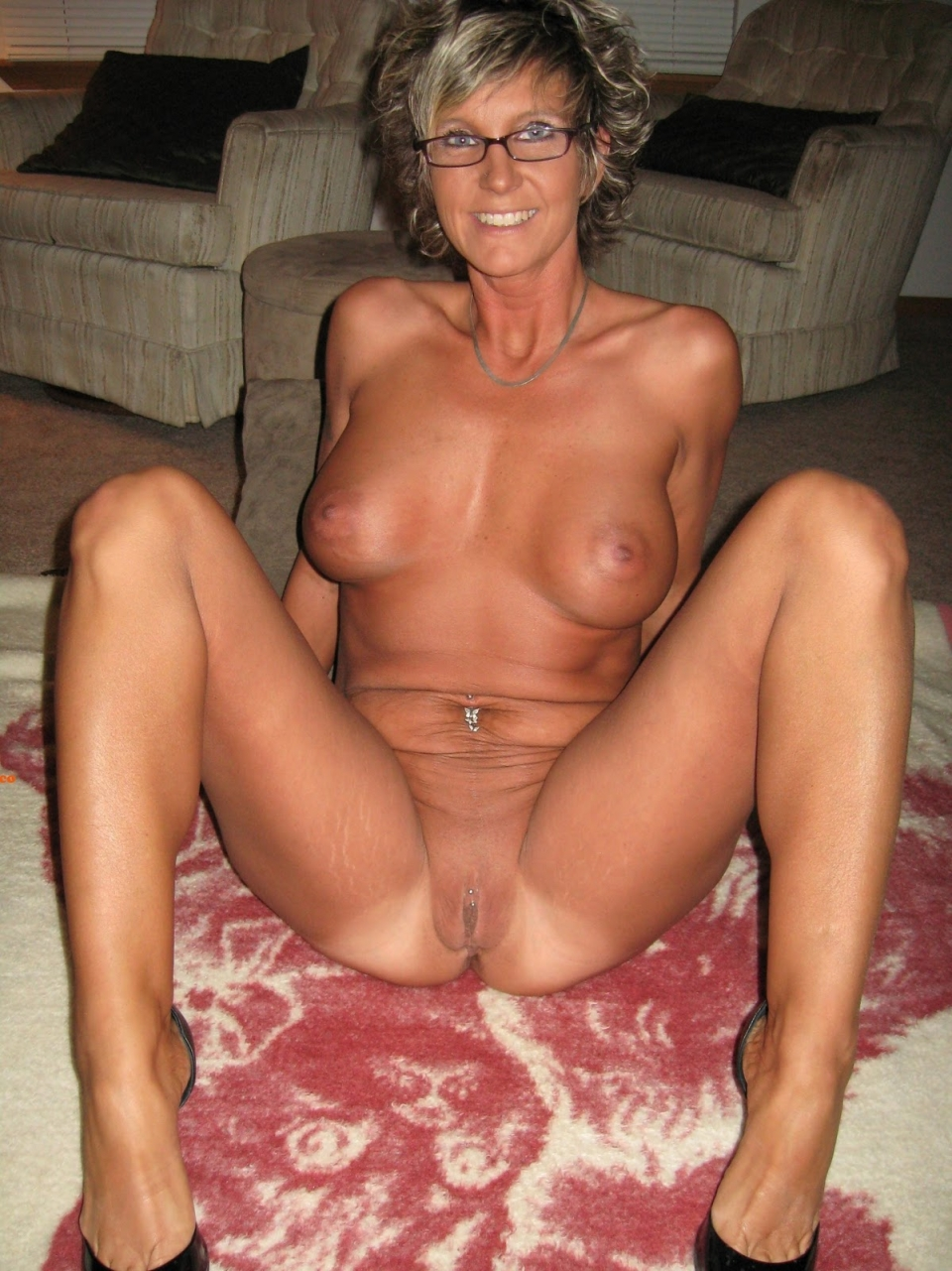 hot woman glasses nude