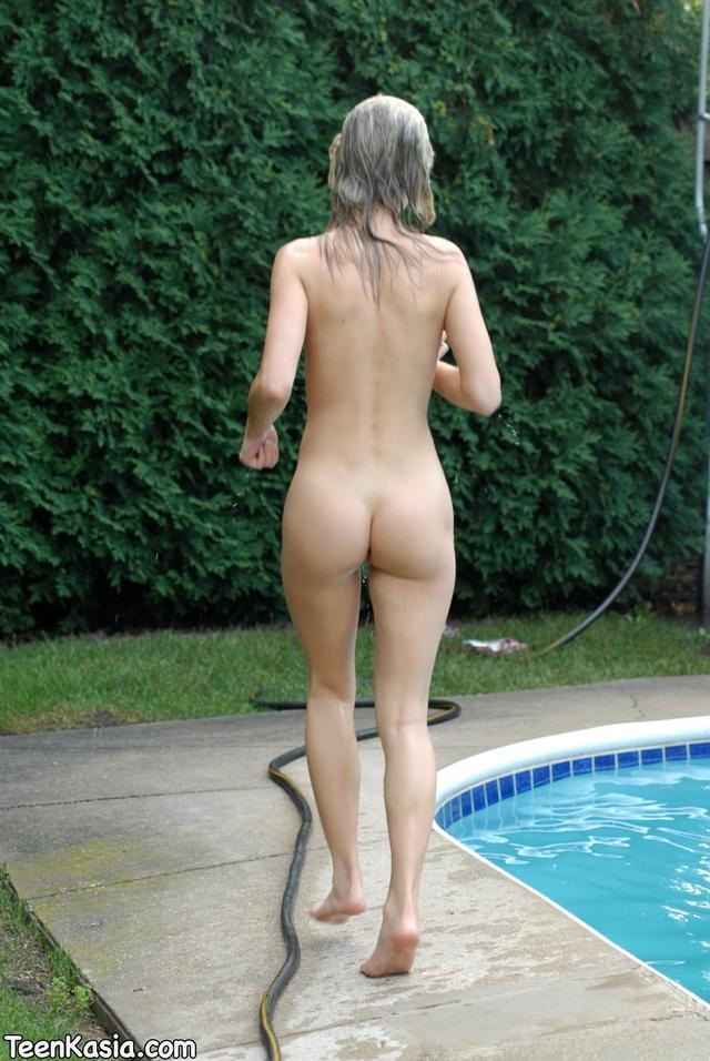 Teen kasia pool free porn pics that interrupt