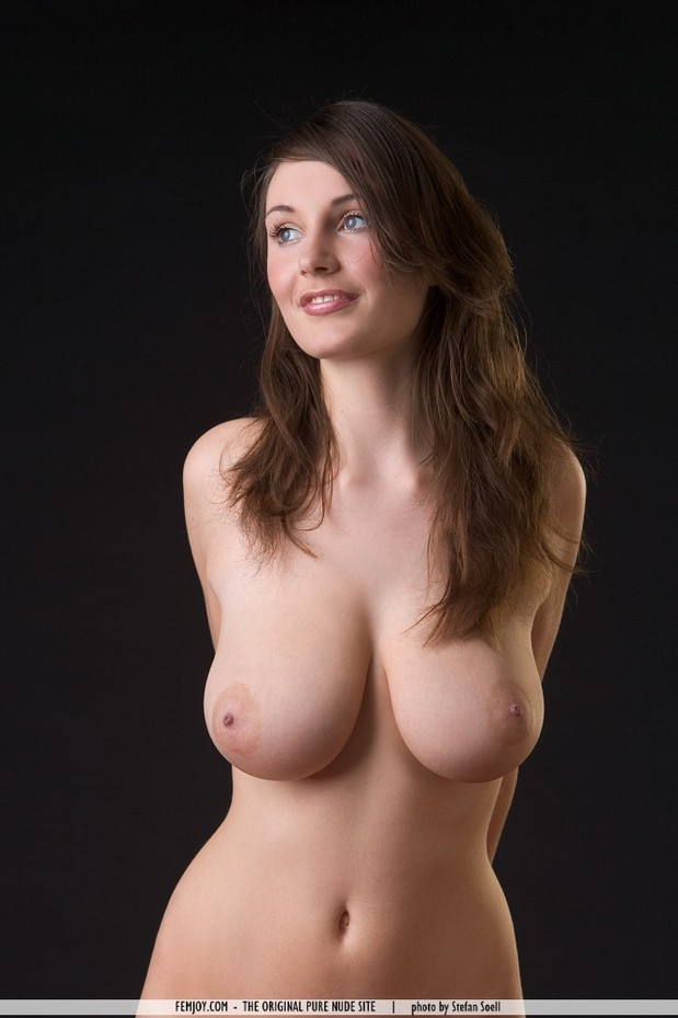 breast big natural tits brunettes full size