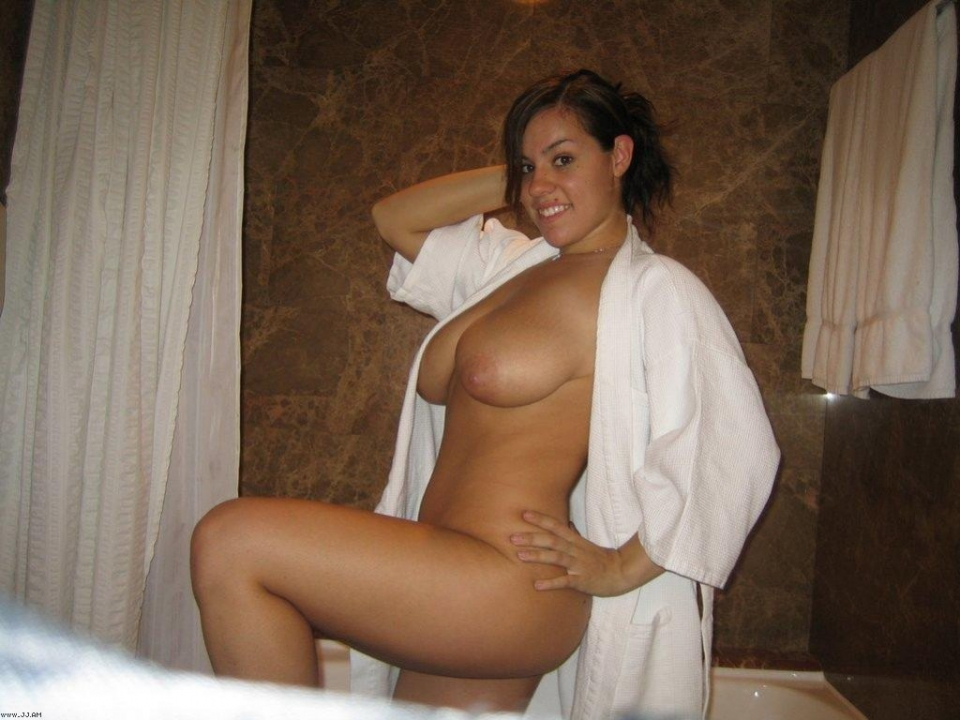 Nude latin hot women