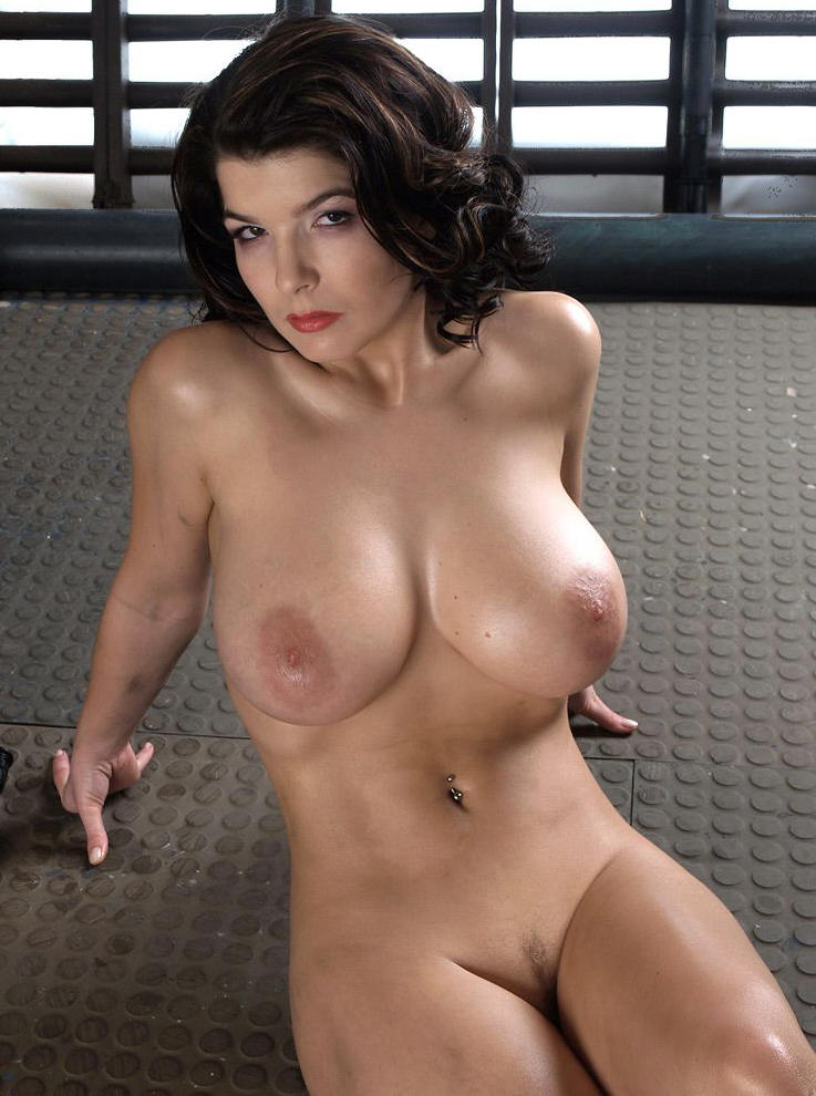 Large mature nude women