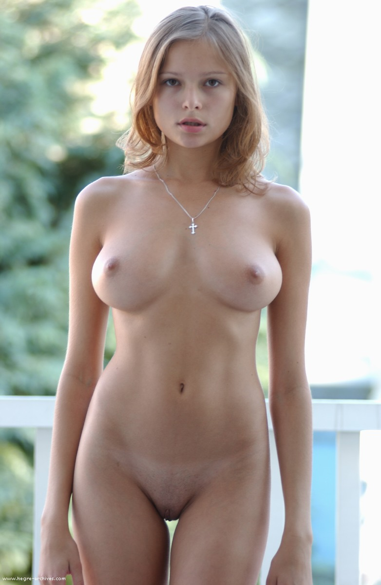 large womens nude breasts