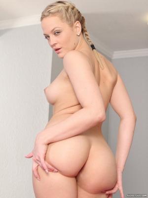 Beauty ass pussy