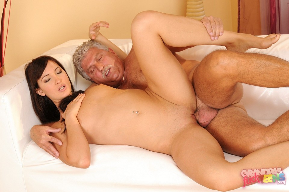 old man fucked girls photos amireca