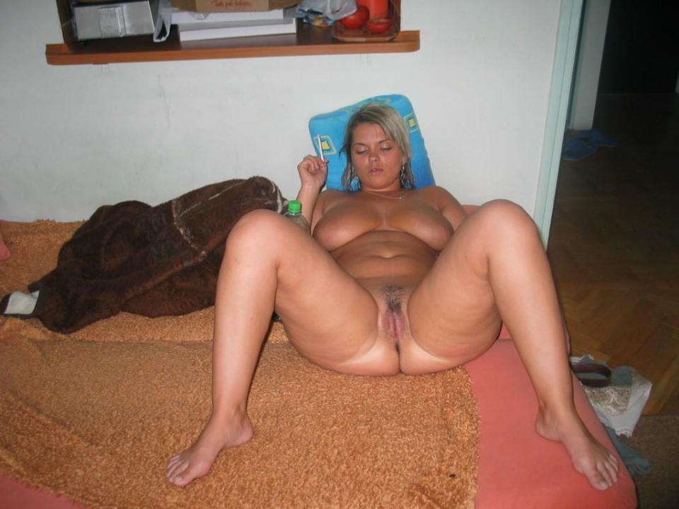 curvy women naked captions