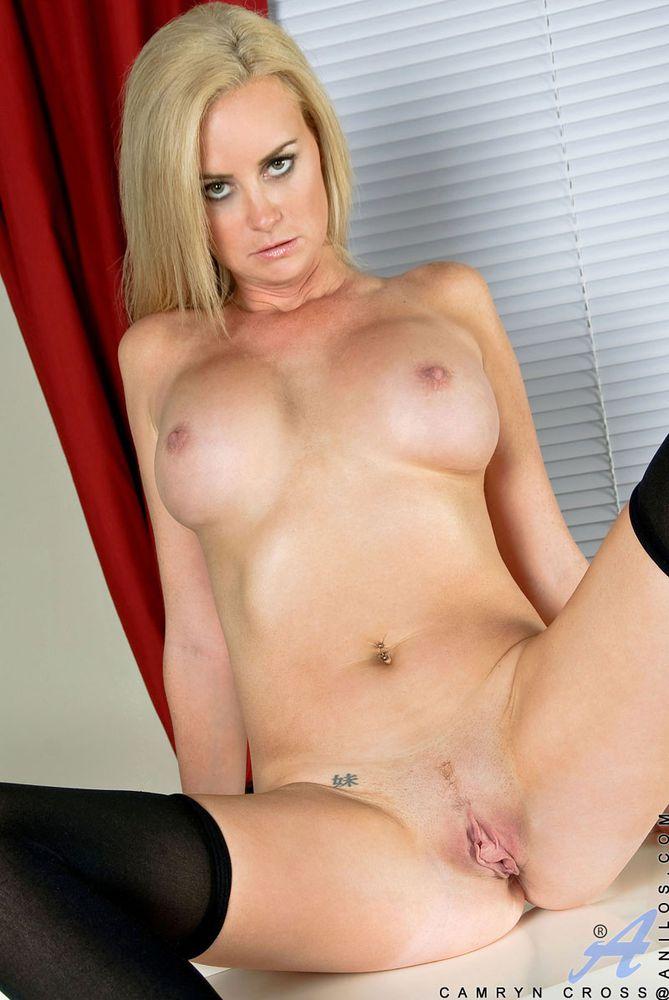Cougar Naked 56