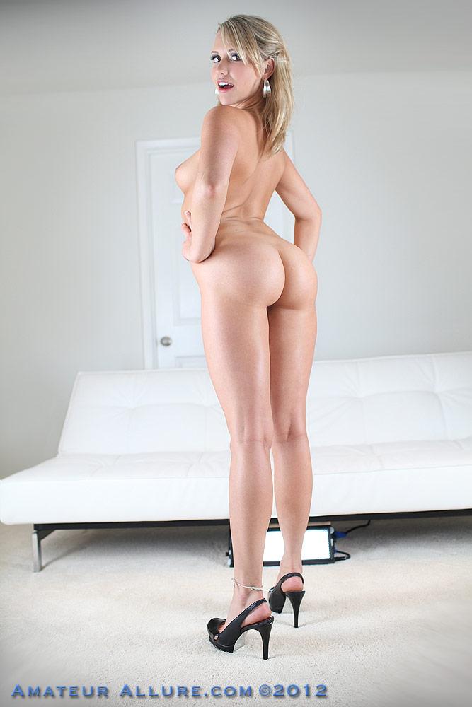 high heels girls fucking