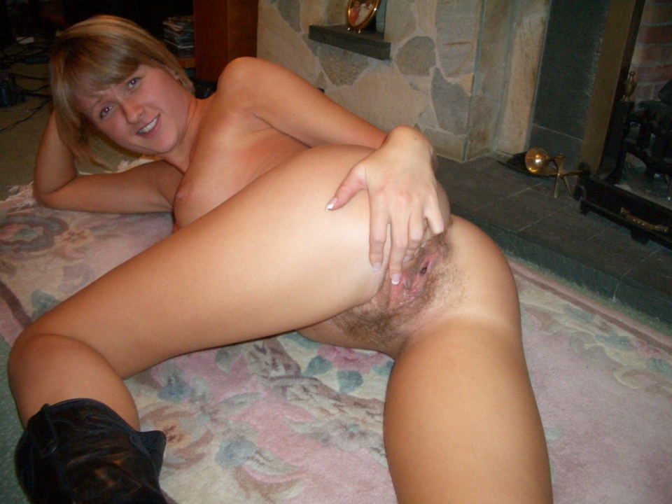 bottomless hairy amateur wife tumblr full size