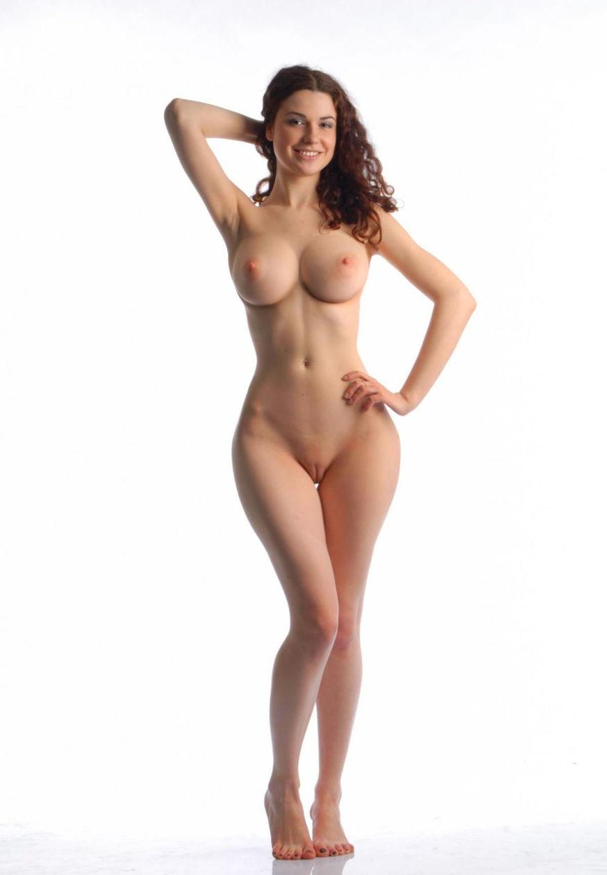 skinny girls with big hips nude 300x432 size