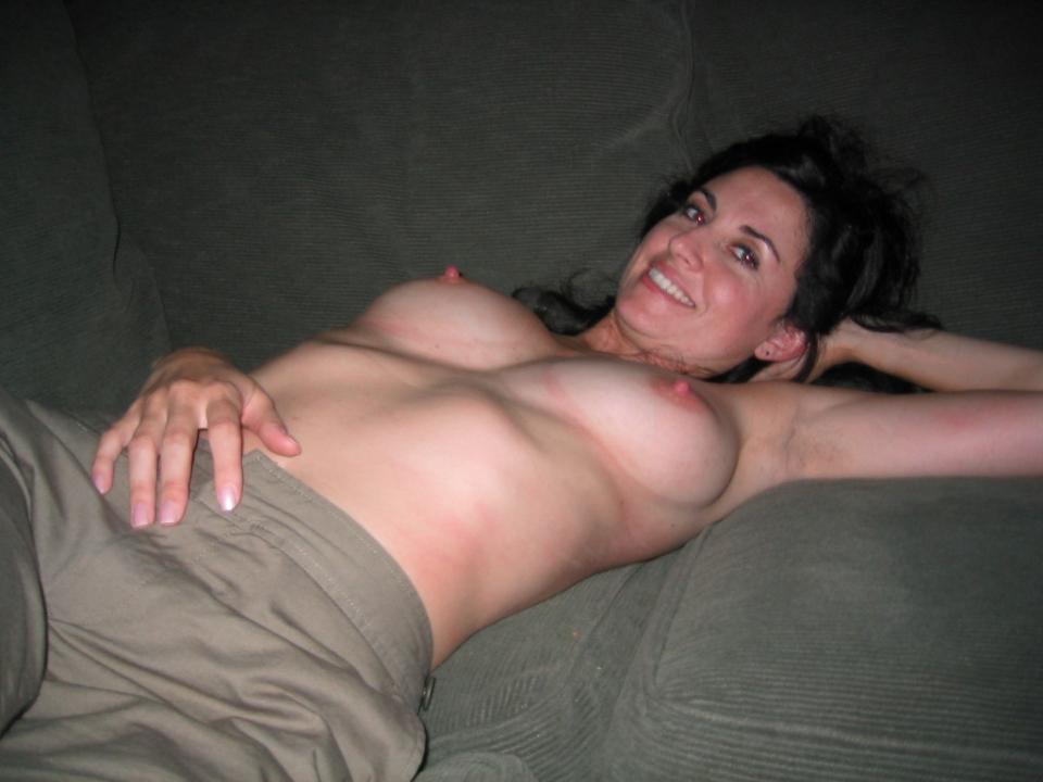 Home made amateur mature orgasm