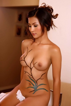 sarah michelle gellar naked ass