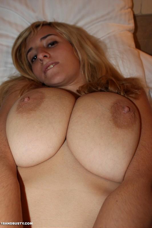 spanish girls big boobs full size