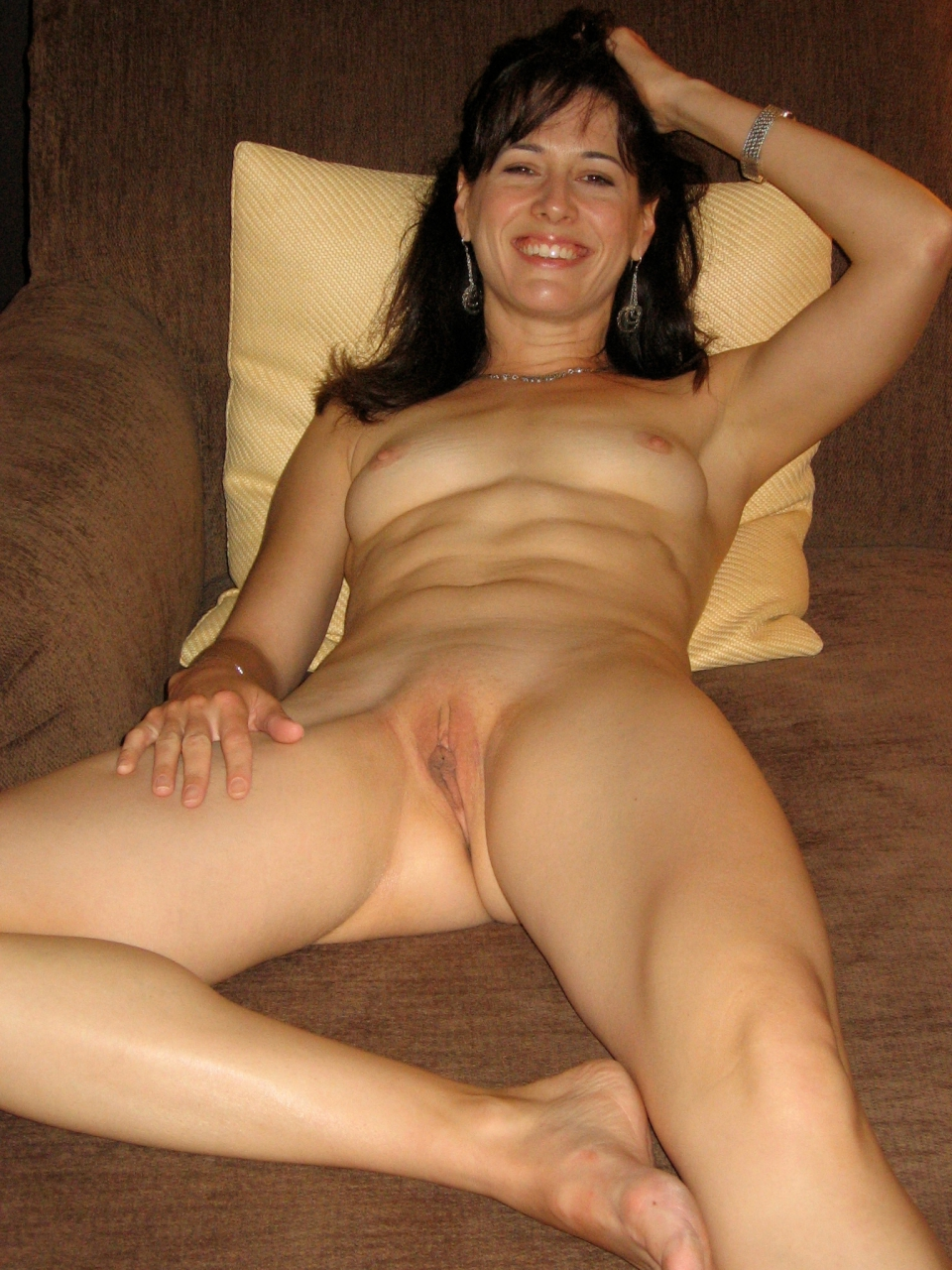 amateur milf wife nude full size