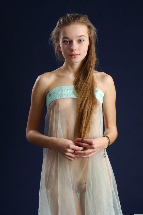 Little blonde teen kaylee - Justimg.com