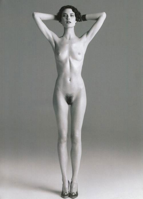 женская фигура рюмка фото голых