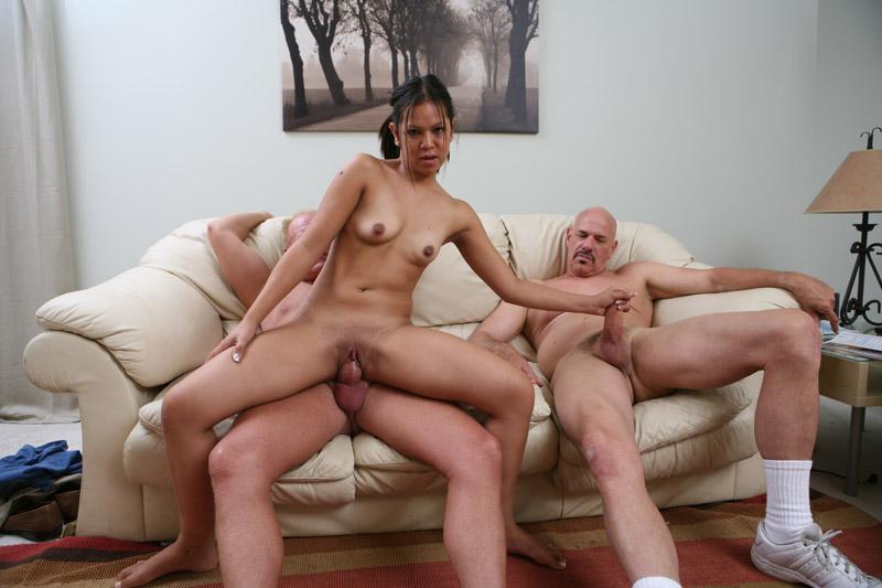 latina threesome pics