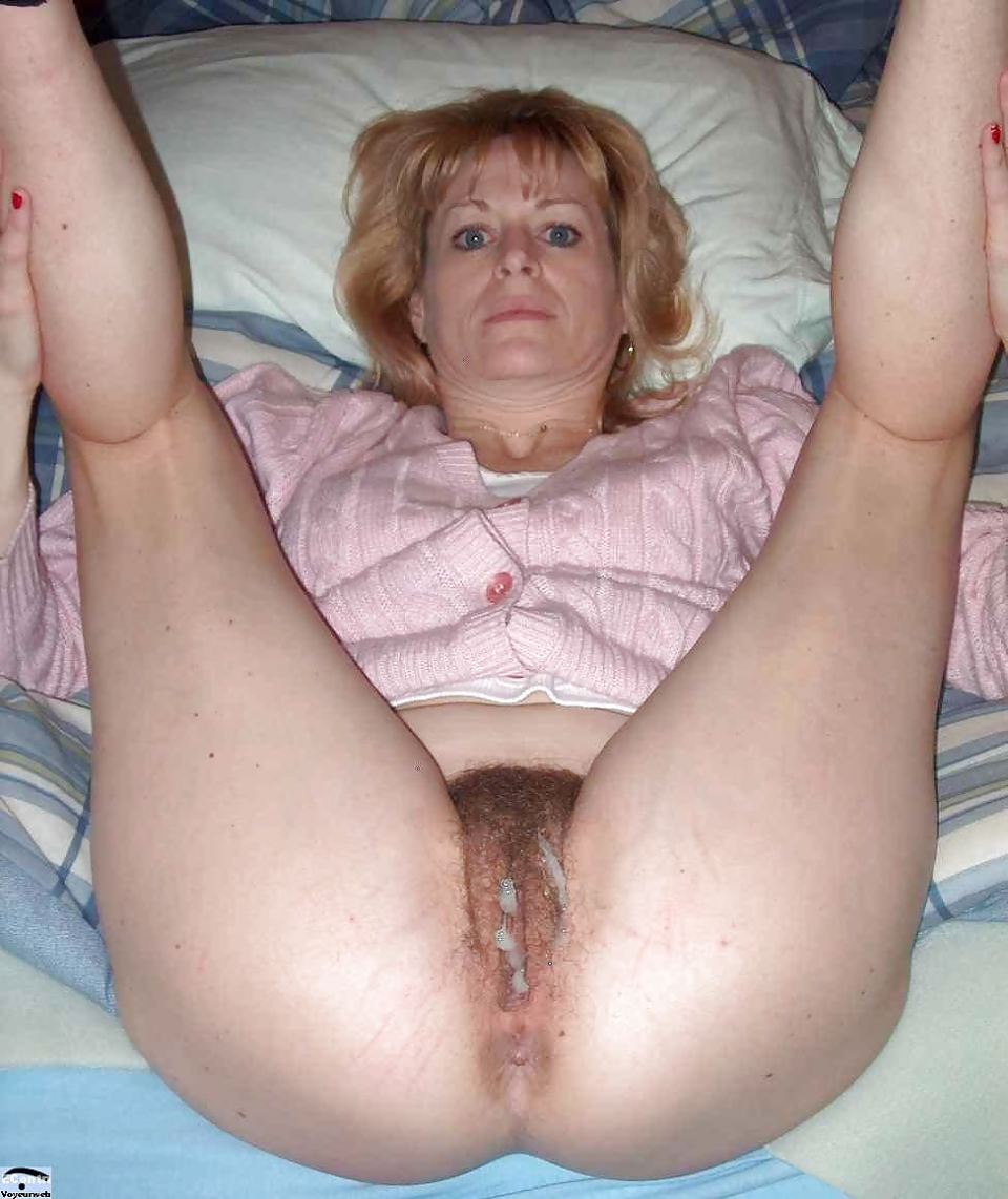 Mature moms creampie