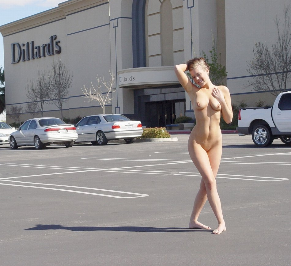 Naked Woman Public 16