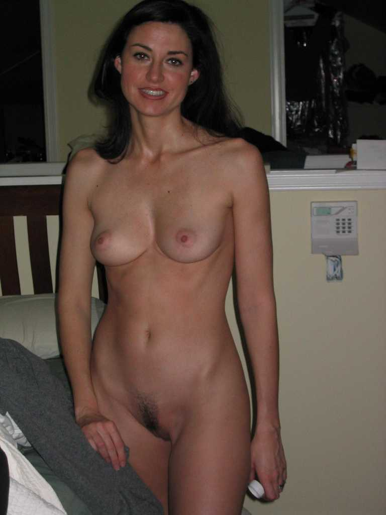 Real naked mom milf mature wife nude 300X400 size: justimg.com/real-amateur-nude-ass.html