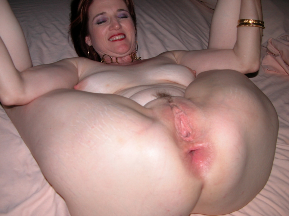 Mature Spread Ass 6