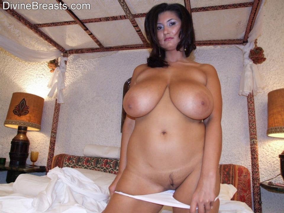 tiara thomas nude pics imagefap