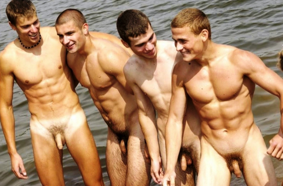 Парни голые видео фото