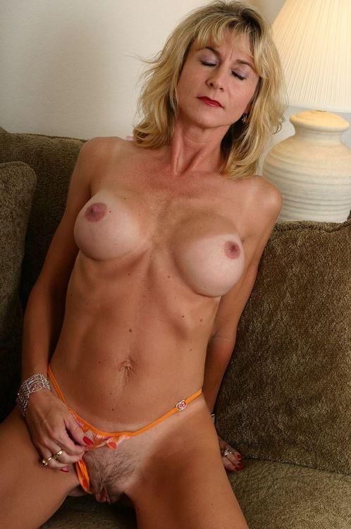 free nude elizabeth tan pics