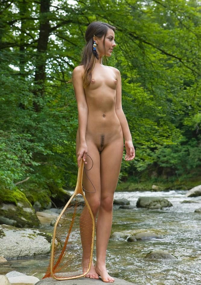 Excellent girls fihing nude directly