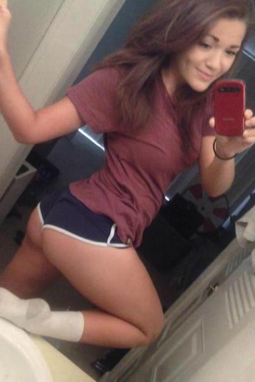 Joanna krupa topless photoshoot