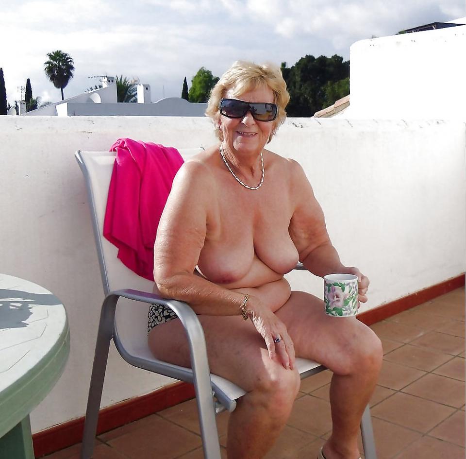 real Nicole sullivan nude