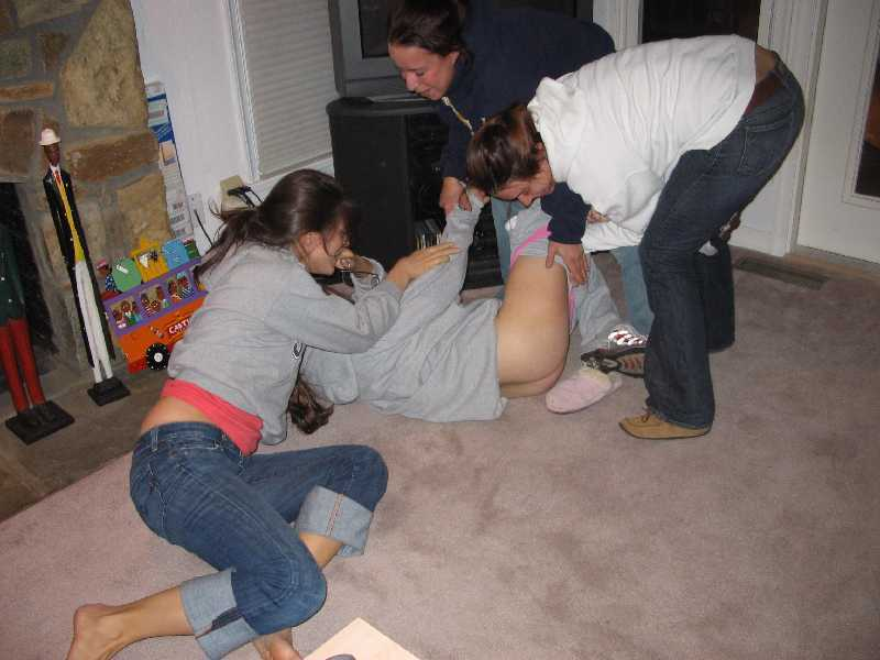 drunk girls embarrassing naked pics