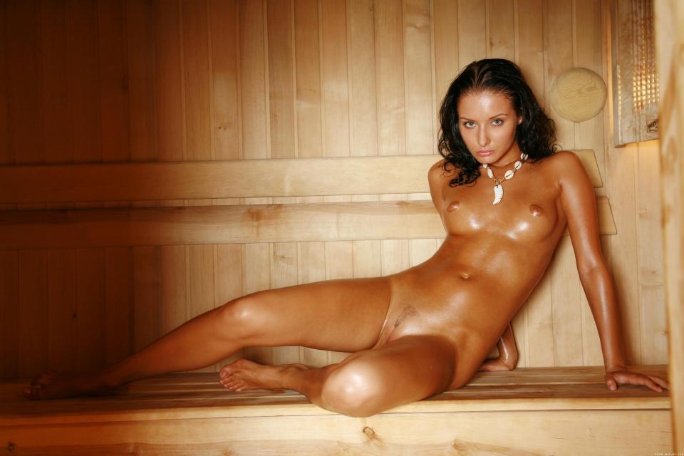 naked black girl lesbian