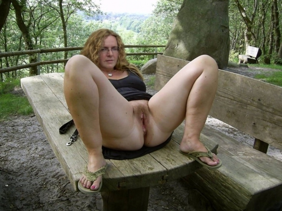 white trash nude amateurs