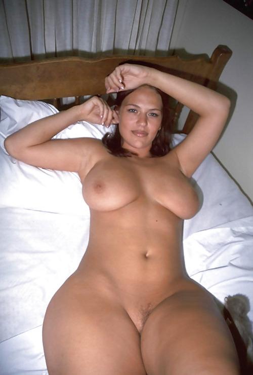 Kim kardashian naked giving blow job