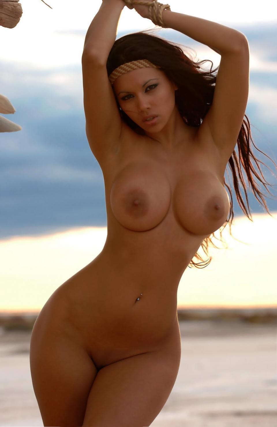 Celebrities with hourglass figures nude confirm