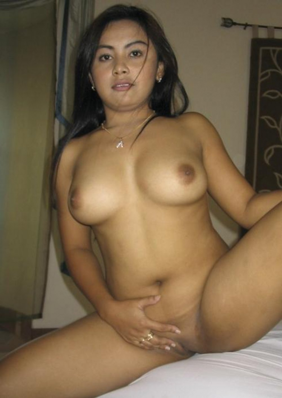 Asian massage girls pictures