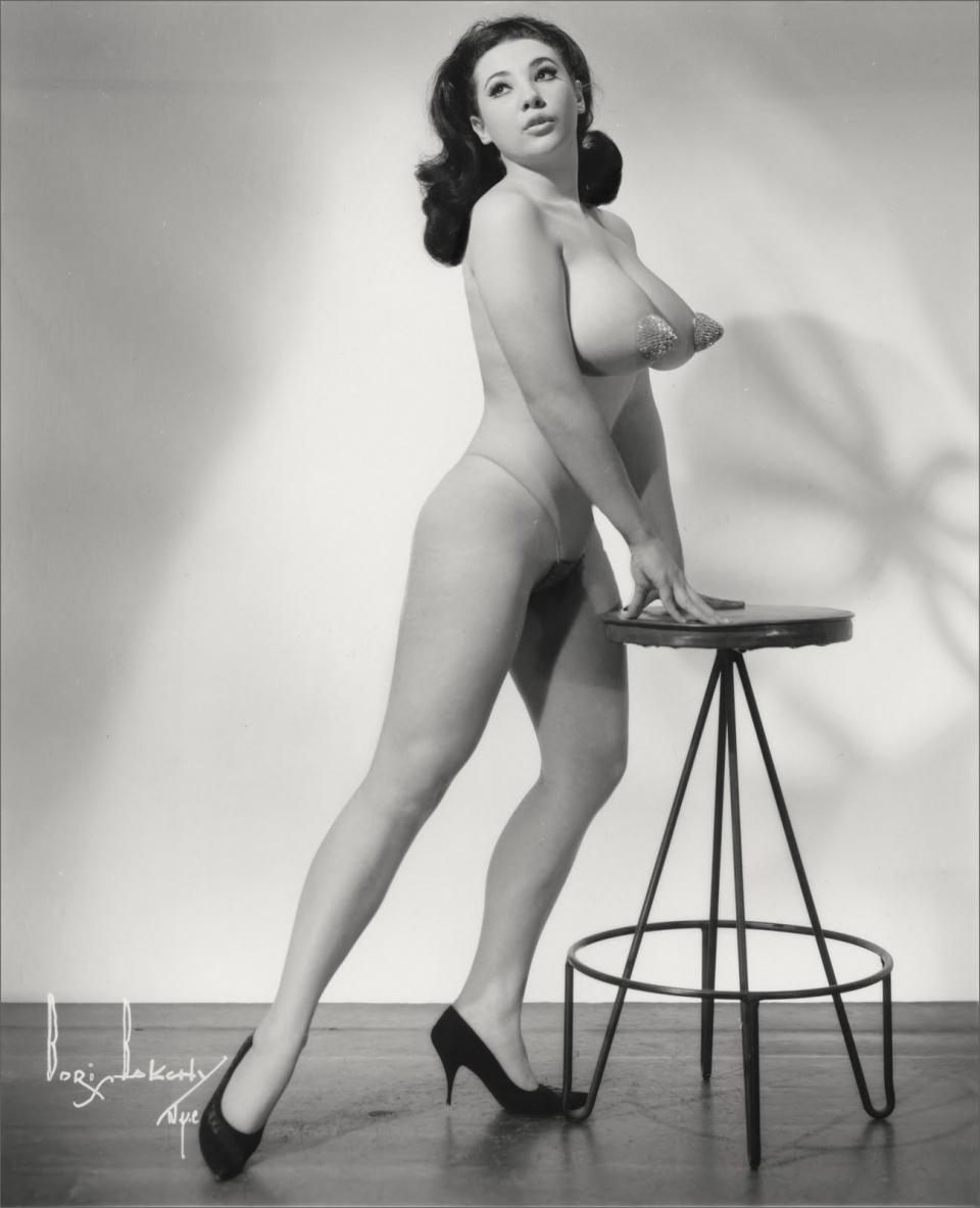 vintage nude girl photo links