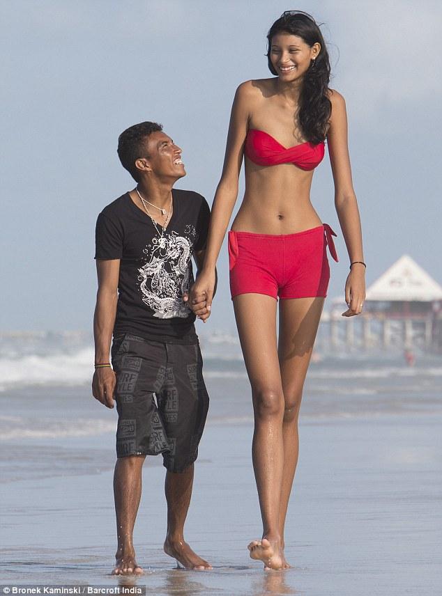 tallest girl in the world 2014 full size