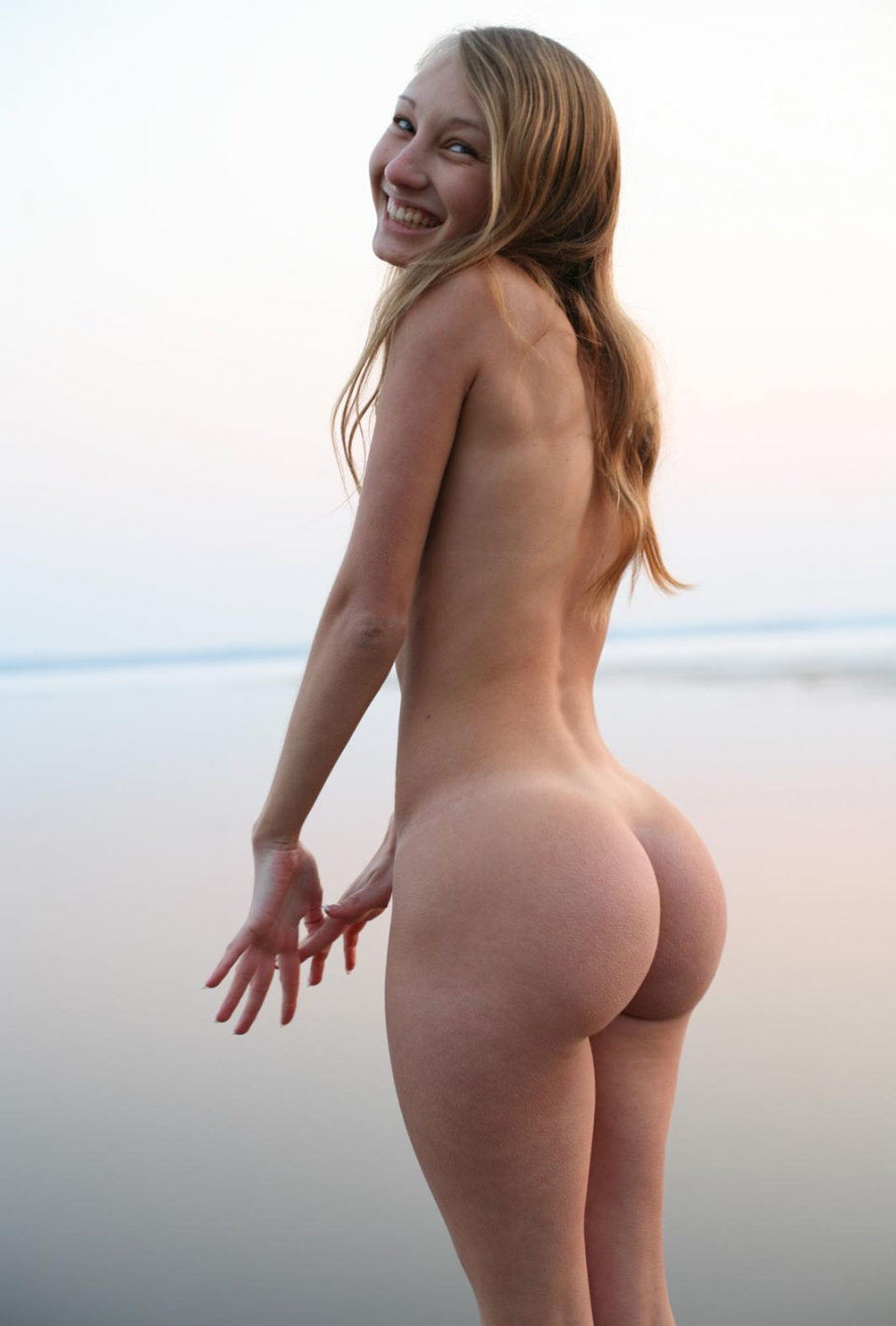 young bubble butt nude girl