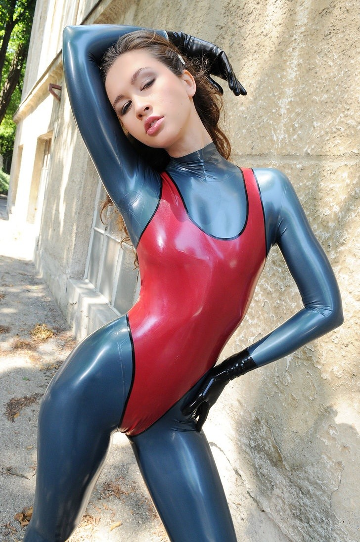 Teen Latex This 39