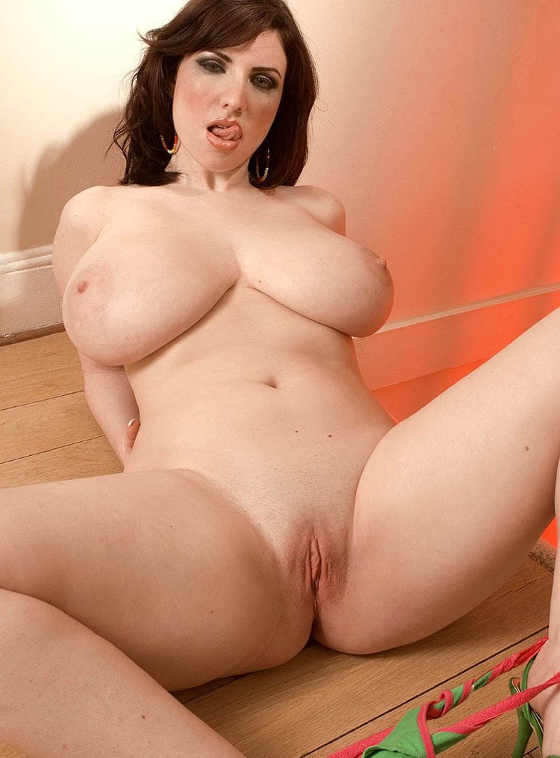 Nude women big tits nude videos