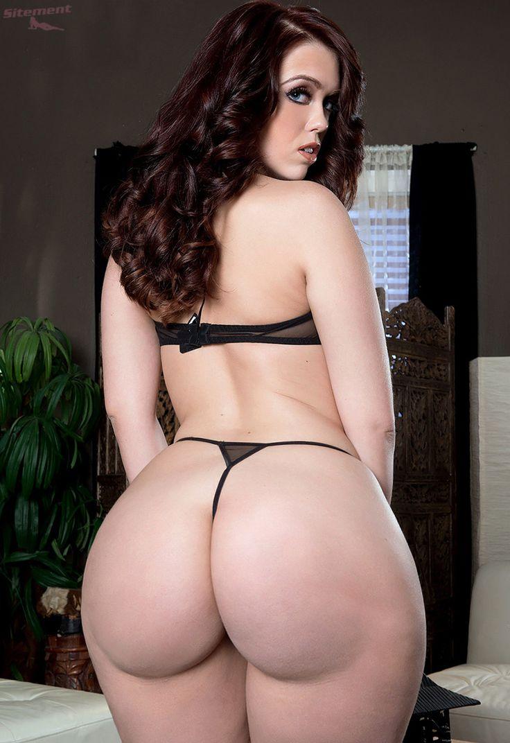 Curvy Ass Naked