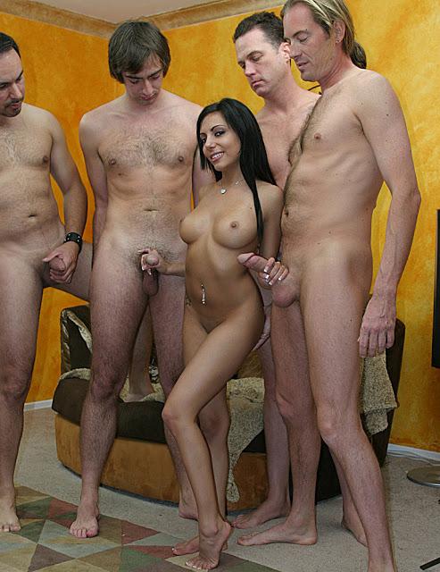 nude gang girls