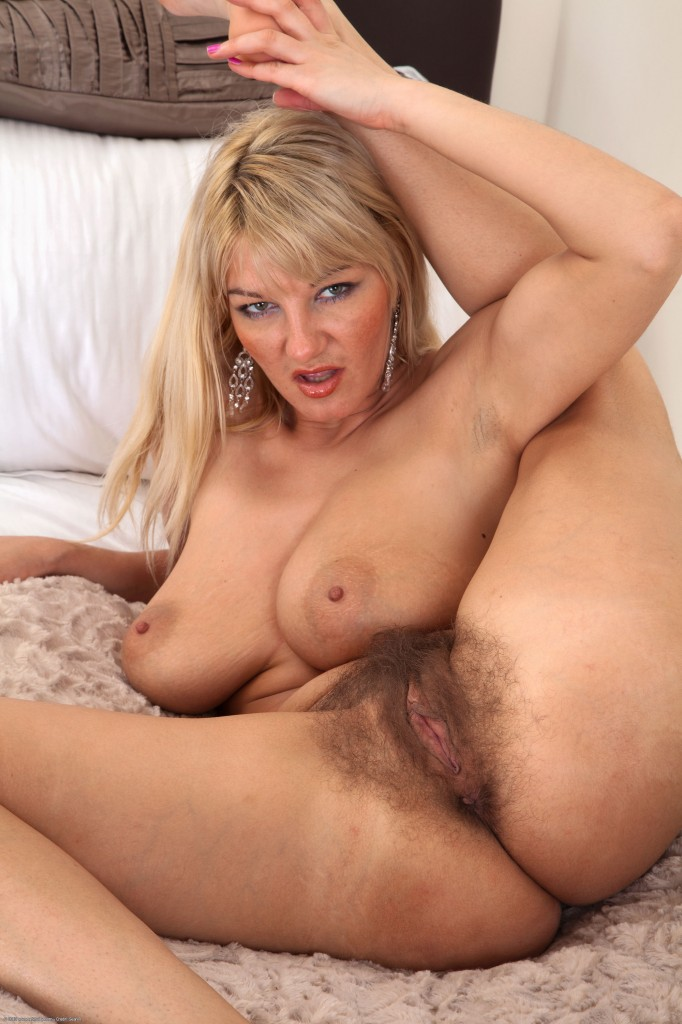 naked women 60