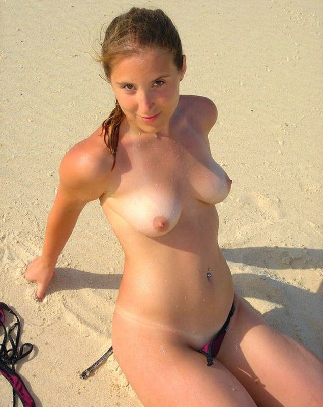 downblouse beach