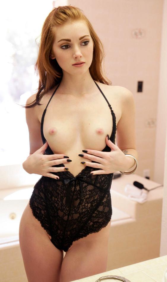 sansa stark naked